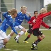 Als hij maar geen voetballer wordt © Jaco Klamer www.klamer-staal.nl