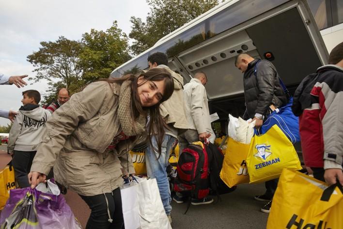Vluchtelingen welkom in kerk, raad en haven