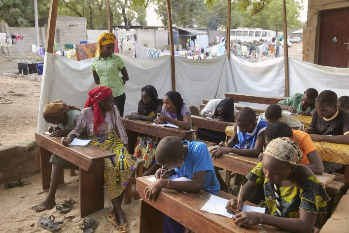Terreur Boko Haram treft schoolkinderen Nigeria © Jaco Klamer www.klamer-staal.nl
