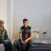 Ismail ontvluchtte Mosul met zijn moeder Jandark © Jaco Klamer www.klamer-staal.nl
