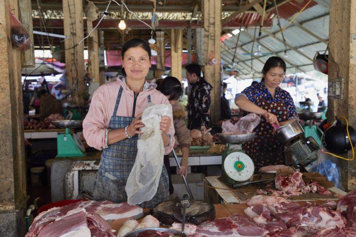 Vriendelijk Vietnam © Jaco Klamer www.klamer-staal.nl